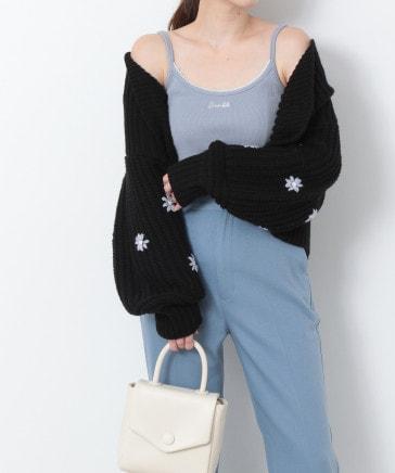 プチ刺繍ロゴキャミソール