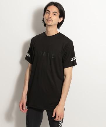 【NUMERALS/2XU(ツータイムズユー)】コラボTシャツ