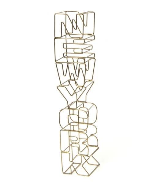(niko and./ニコアンド)オリジナル ワイヤーサイン縦NEW YORK/ [.st](ドットエスティ)公式